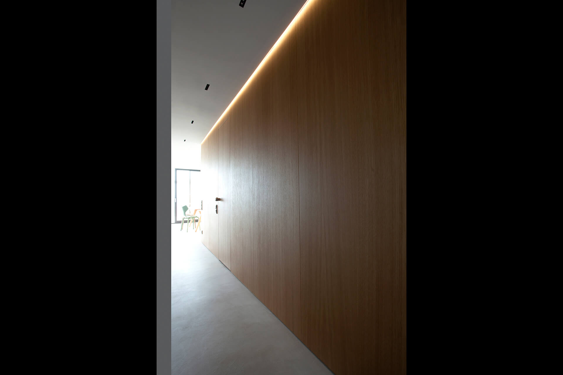 apartment-in-the-southern-suburbs-of-athens-04